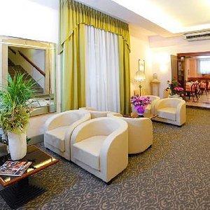 Salottino Hotel Button