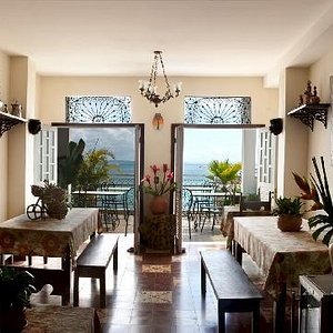 Dining room with main terrace