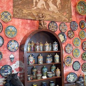 Wall of pottery