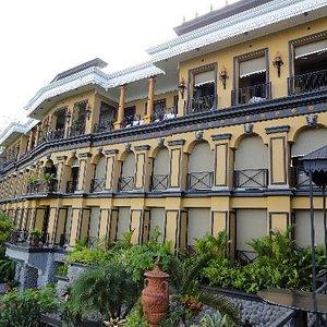 Zephyr Palace at Villa Caletas