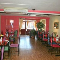 Cafe Balti - Contemporary and intimate surroundings