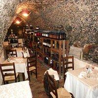 La grotta/cantina