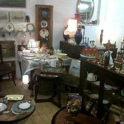 Antiques Emporium, Lady Heyes