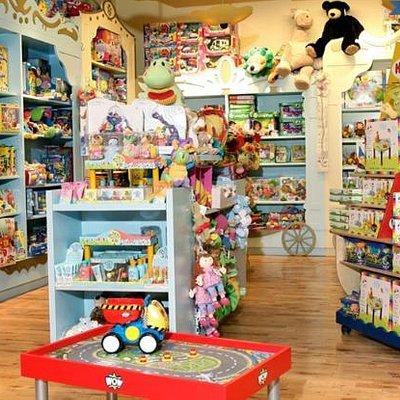 Benjo Inc., Toy Store Saint-Roche District
