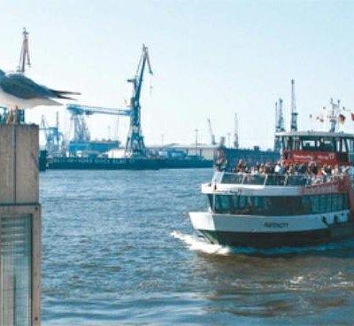 Public Ferry Elbe Tour