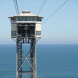 tour arrivée du télépherique face à la mer