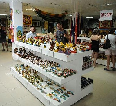 Enjoy a different shopping experienced immersed in the heart of the Caribbean.