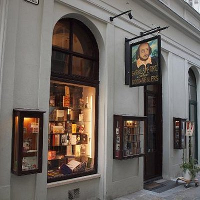Shakespeare and Co, Vienna