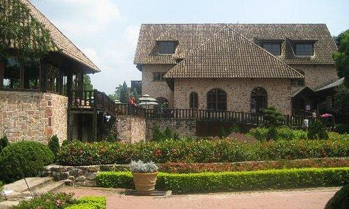 新社古堡荘園1
