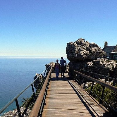 Table Mountain summit walkway