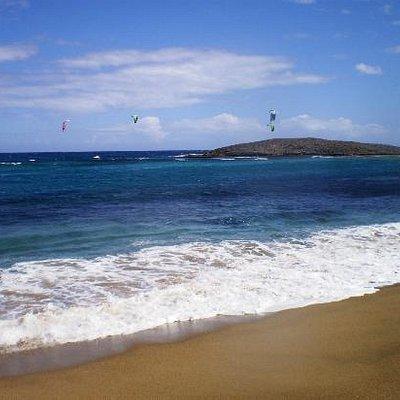 Parasailing at Montones, Villa del Mar Hau!