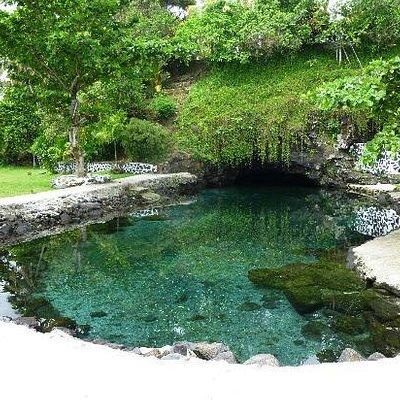 Piula Cave Pool - stunning!