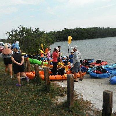 large group ready to kayak
