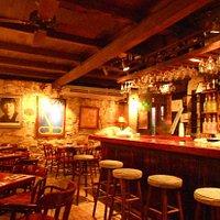 Bombay Club Bar