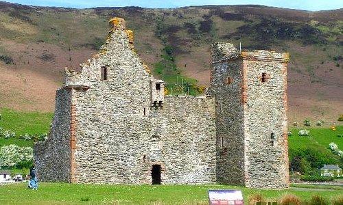 Lochranza Castle 2010a