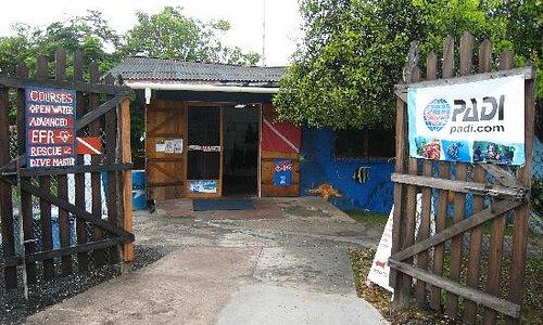 Scuba Iguana dive center