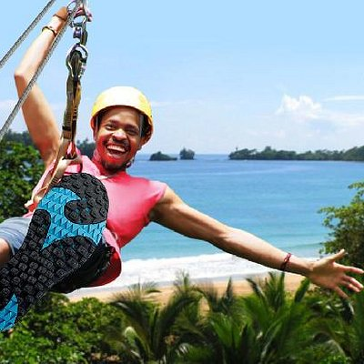The zipline at Red Frog Beach