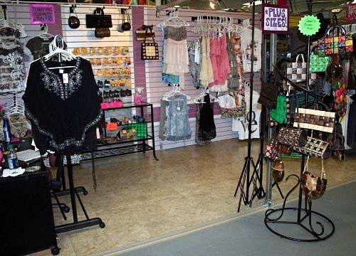 DestYni Boutique at the Flea Market too cute!!!