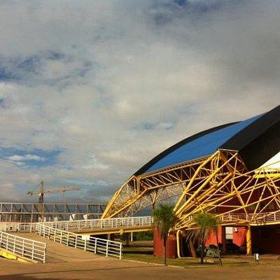 obras da Arena Pantanal junho 2012