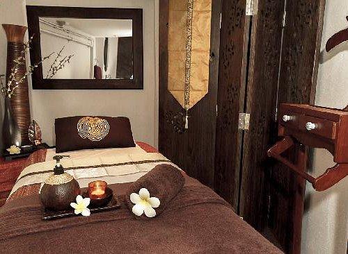 Thai oil massage room