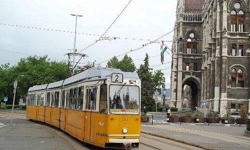 tram no. 2