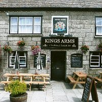 Kings Arms front