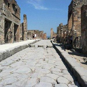 One of the roads of Pompeii.