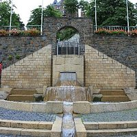 walk down the terraced seating toward town and you end up at this fountain... you can see the ca