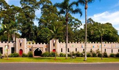 Macadamia Castle Animal Park and Cafe