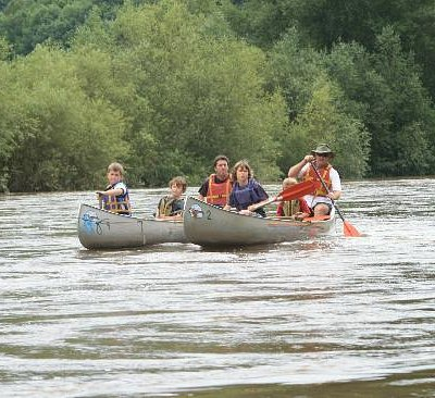 Family Canoeing on The River Wye