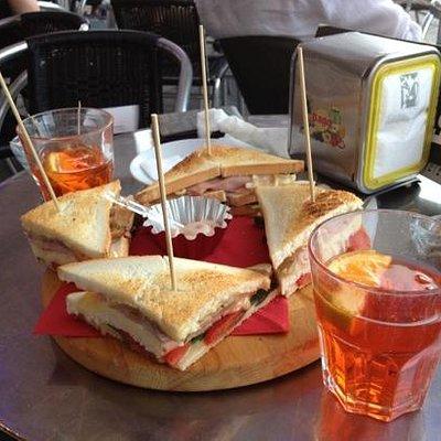 spritz con club sandwich