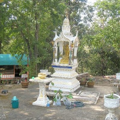 My favourite of the shrines in the wooded temple grounds