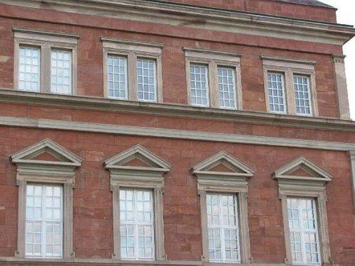 detail windows