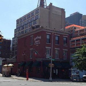 Landmark Tavern during the day