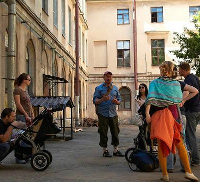 Free walking tour, off the beaten track