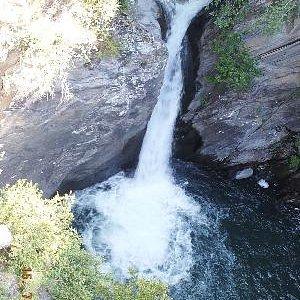 Pequeño salto de agua En CANILLO