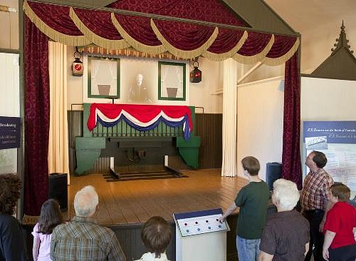 Political speeches in the Community Hall