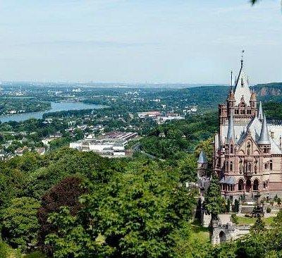 provided by Schloss Drachenburg