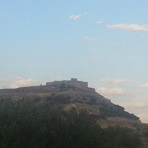 Castillo de Chinchilla de Montearagon desde la autovia