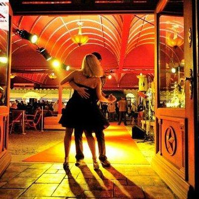 CASA DE LA MUSICA DANCERS 2