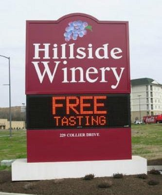 Free tasting at Hillside Winery