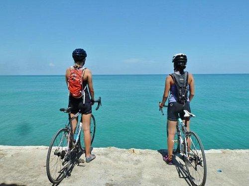 Road riding from Bangkok to Phuket!