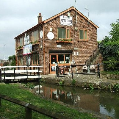 tapton lock visitor centre chesterfield canal