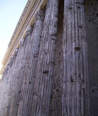 Hadrian's Temple in Day--Gorgeous Imperial Columns!