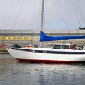 Cruise Morro Bay's beautiful, historic harbor