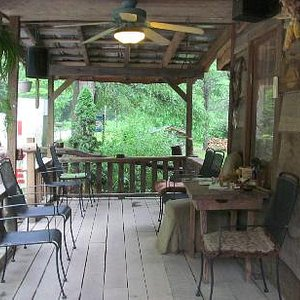 Front porch of Betsey's