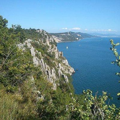 Sentiero Rilke: vista sulle falesie e sul golfo