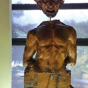 The devilish automaton
