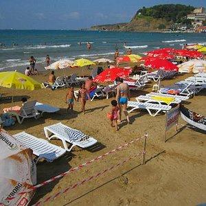 Non-stop beach