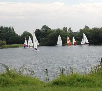 boating @ Emberton Country Park